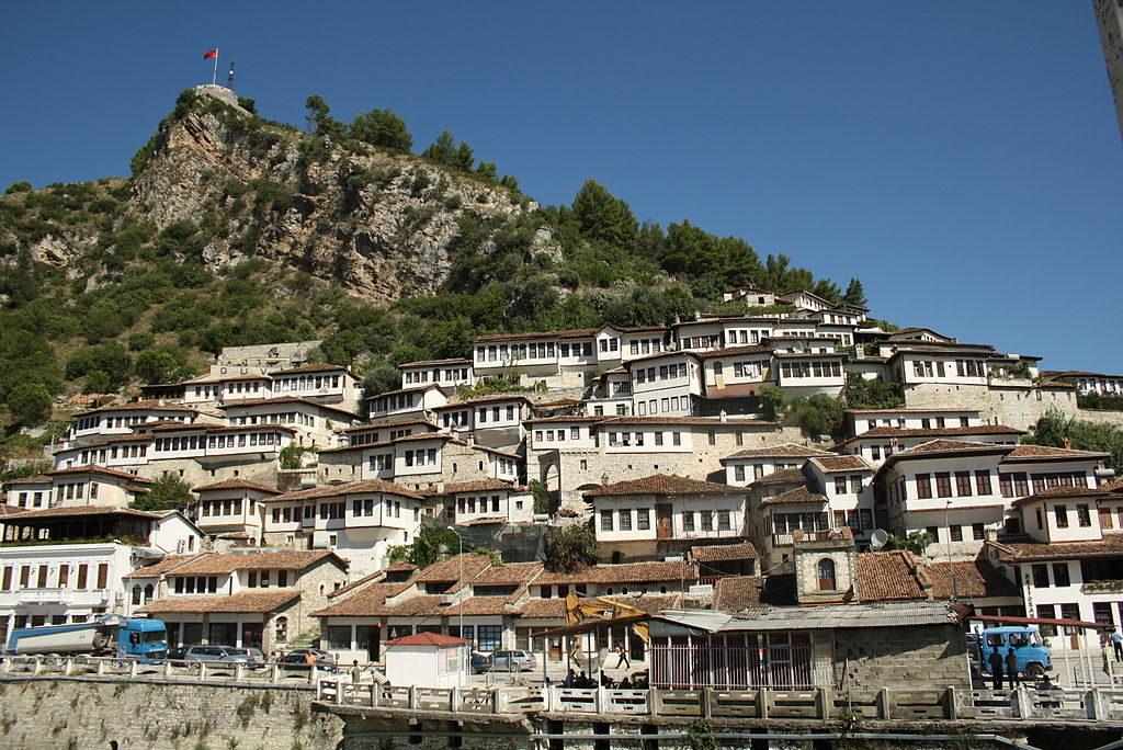 Albania con traghetto da Bari 5 giorni